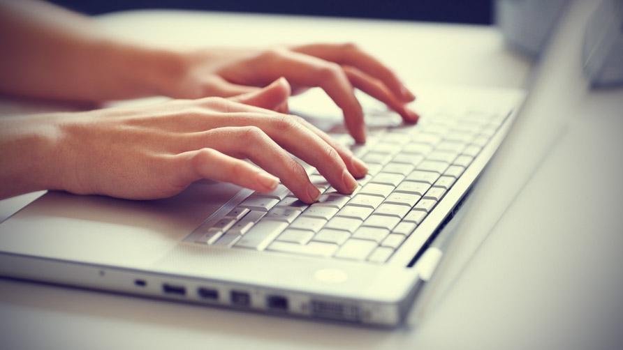 woman-typing-on-laptop-3